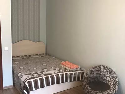 1-комнатная квартира, 30 м², 2/5 этаж посуточно, Алтынсарина 105 — Павлова за 7 000 〒 в Костанае — фото 2