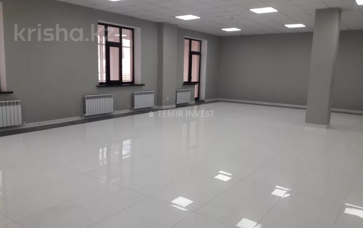 Здание, площадью 5500 м², Кабанбай батыра за 2.8 млрд 〒 в Нур-Султане (Астана), Есиль р-н