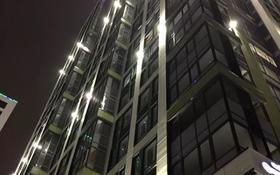 1-комнатная квартира, 42 м², 5/24 этаж посуточно, проспект Кабанбай Батыра 48/7 — Орынбор за 8 000 〒 в Нур-Султане (Астана), Есиль р-н