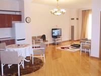 2-комнатная квартира, 80 м², 3/6 этаж посуточно