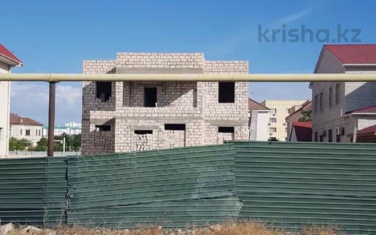 8-комнатный дом, 468 м², 10 сот., 29-й мкр за 68 млн 〒 в Актау, 29-й мкр