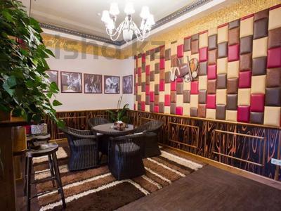 Здание, площадью 1900 м², Диваева 37 за 1.1 млрд 〒 в Алматы, Медеуский р-н — фото 30