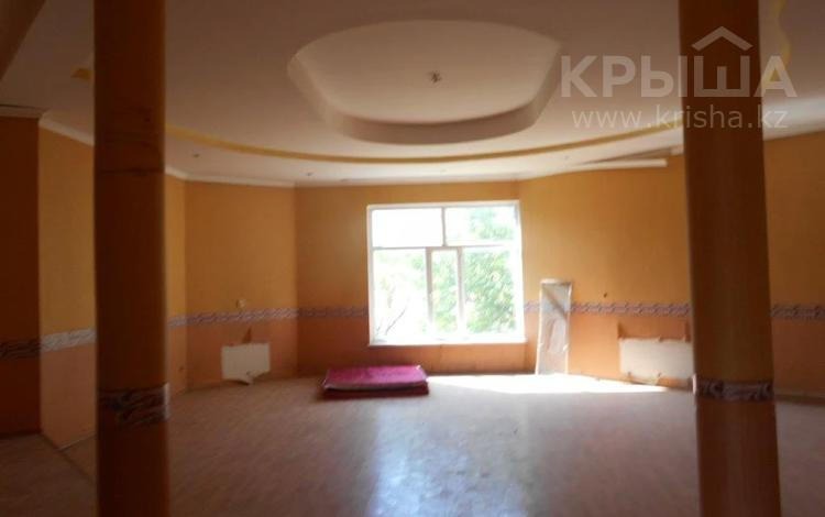 4-комнатный дом, 300 м², 8 сот., мкр Наурыз , Мкр Наурыз 568 — Ахметова за ~ 33.6 млн 〒 в Шымкенте, Аль-Фарабийский р-н