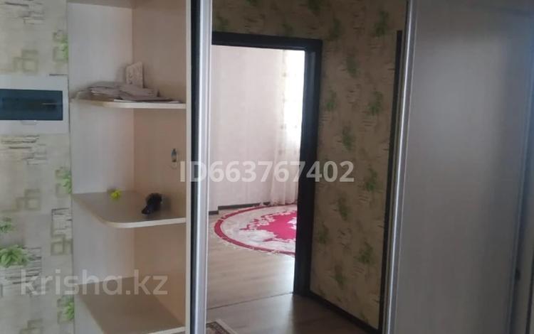 2-комнатная квартира, 80 м², 2/10 этаж посуточно, мкр Нижний отырар, Байтурсынова за 10 000 〒 в Шымкенте, Аль-Фарабийский р-н