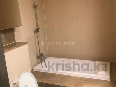 3-комнатная квартира, 100 м² помесячно, Байтурсынова 5 за 270 000 〒 в Нур-Султане (Астана) — фото 14
