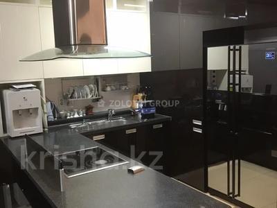 3-комнатная квартира, 100 м² помесячно, Байтурсынова 5 за 270 000 〒 в Нур-Султане (Астана) — фото 7