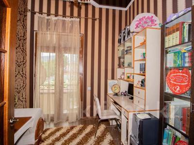 6-комнатный дом, 200 м², 10 сот., мкр Алатау — Сыргабекова за ~ 134.8 млн 〒 в Алматы, Бостандыкский р-н — фото 13