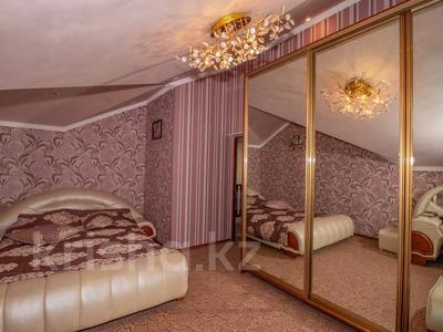 6-комнатный дом, 200 м², 10 сот., мкр Алатау — Сыргабекова за ~ 134.8 млн 〒 в Алматы, Бостандыкский р-н — фото 2