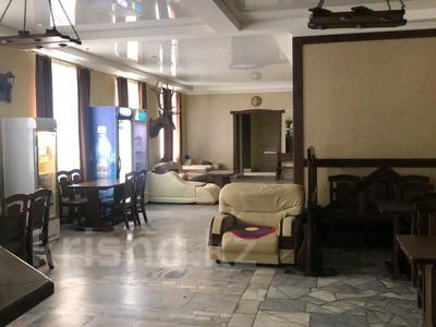 Здание, площадью 900 м², улица Белинского — Бажова за 210 млн 〒 в Усть-Каменогорске