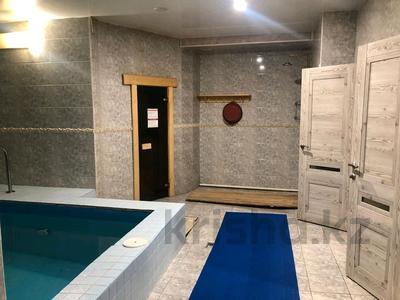Здание, площадью 900 м², улица Белинского — Бажова за 210 млн 〒 в Усть-Каменогорске — фото 2