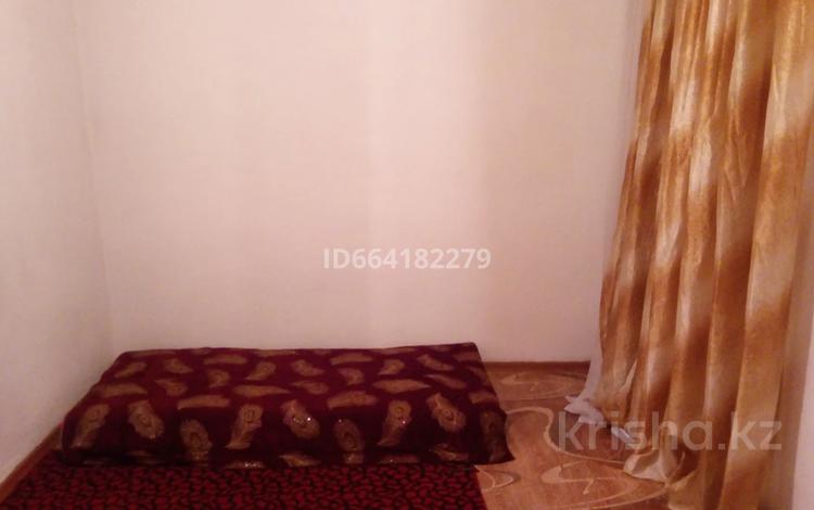 2-комнатный дом помесячно, 20 м², мкр Шапагат , улица Алимбетова 232 — Сайрам за 30 000 〒 в Шымкенте, Енбекшинский р-н
