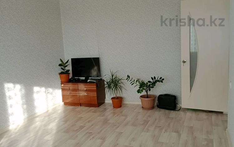 2-комнатная квартира, 50.2 м², 9/9 этаж, улица Уалиханова за 9 млн 〒 в Актобе, Старый город