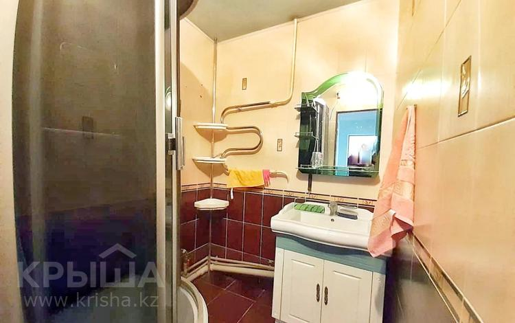 4-комнатная квартира, 77 м², 3/5 этаж, Мкр Самал за 19.5 млн 〒 в Талдыкоргане