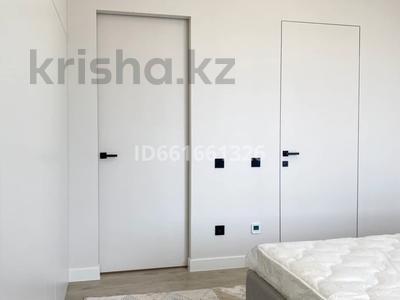 3-комнатная квартира, 105 м², 13/20 этаж помесячно, Сауран 34 за 450 000 〒 в Нур-Султане (Астана), Есиль р-н — фото 12