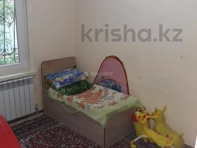 4-комнатный дом, 72 м², 6 сот., Маршака 114 — Абая за 30 млн 〒 в Алматы, Алмалинский р-н — фото 17