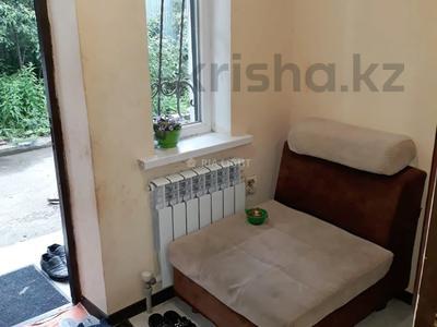4-комнатный дом, 72 м², 6 сот., Маршака 114 — Абая за 30 млн 〒 в Алматы, Алмалинский р-н — фото 4