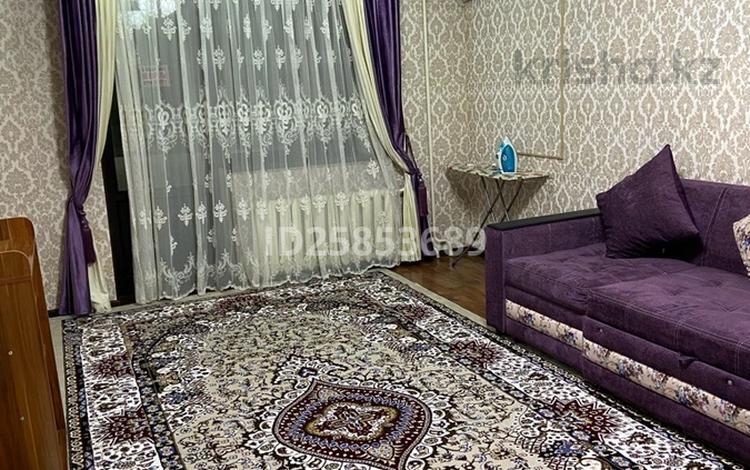 2-комнатная квартира, 61 м², 1/5 этаж посуточно, 12 мкр Астана 7 — Толе би за 12 000 〒 в Таразе