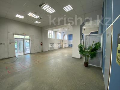 Помещение площадью 210 м², проспект Строителей 4 за 3 000 〒 в Караганде, Казыбек би р-н — фото 2