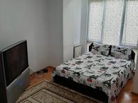 1-комнатная квартира, 40 м², 2/4 этаж посуточно, Кабанбай батыра 76 — Достык за 8 000 〒 в Алматы, Медеуский р-н