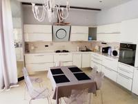 6-комнатный дом на длительный срок, 430 м², проспект Достык 341 за 1.8 млн 〒 в Алматы, Медеуский р-н