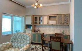 2-комнатная квартира, 75 м², 12 этаж помесячно, Кунаева 12 за 300 000 〒 в Нур-Султане (Астана), Есиль р-н