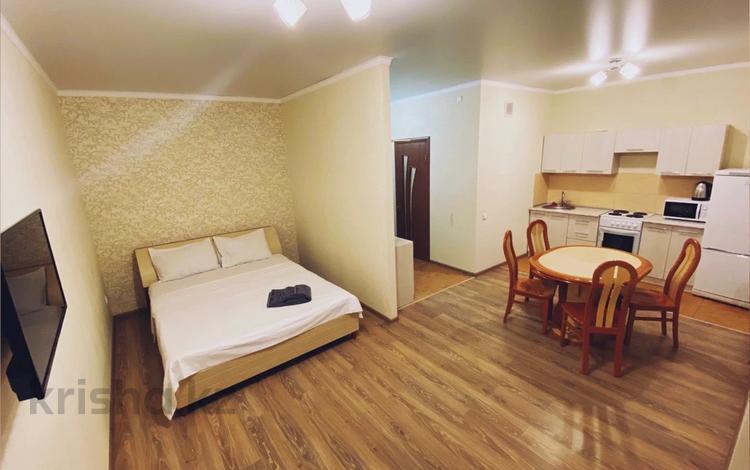 1-комнатная квартира, 45 м², 5/10 этаж посуточно, Курмангазы 97 — Масанчи за 11 000 〒 в Алматы, Алмалинский р-н