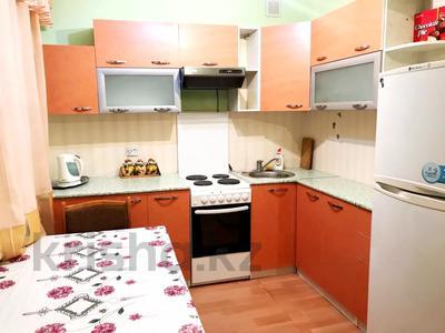 2-комнатная квартира, 70 м², 3 этаж посуточно, Сейфуллина — Ленина за 4 000 〒 в Балхаше