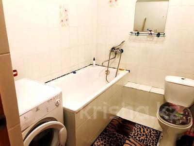 2-комнатная квартира, 70 м², 3 этаж посуточно, Сейфуллина — Ленина за 4 000 〒 в Балхаше — фото 9
