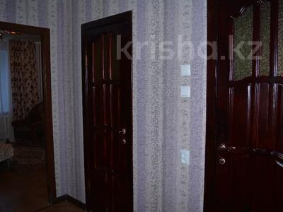 2-комнатная квартира, 53 м², 4/5 этаж посуточно, Мкр 11 89 — Шайкенова за 6 500 〒 в Актобе, мкр 11 — фото 15