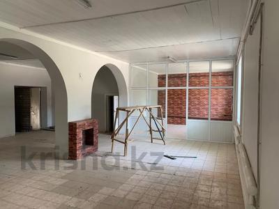 Здание, Акпан Батыра 111 — Жибек Жолы площадью 377 м² за 200 000 〒 в Шымкенте — фото 2