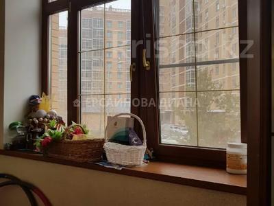 7-комнатный дом, 500 м², 15 сот., Акын Сара 14 — Акжунис за 379.5 млн 〒 в Нур-Султане (Астана), Есиль р-н — фото 31