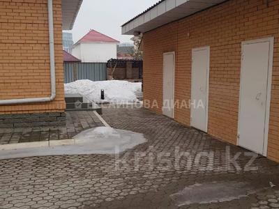7-комнатный дом, 500 м², 15 сот., Акын Сара 14 — Акжунис за 379.5 млн 〒 в Нур-Султане (Астана), Есиль р-н — фото 39