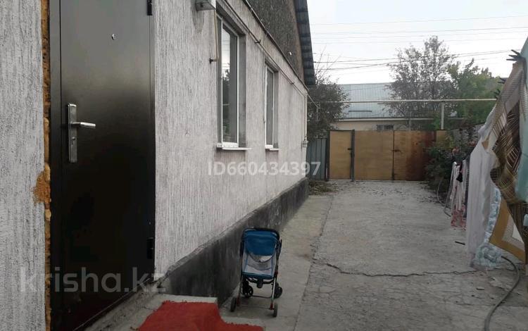 6-комнатный дом, 120 м², 6 сот., улица Жаугаш Батыра 41 за 18 млн 〒 в