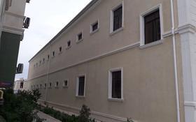 Здание, площадью 1218 м², 31Б мкр, 31б 33 за 160 млн 〒 в Актау, 31Б мкр