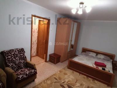 1-комнатная квартира, 36 м², 3/5 этаж посуточно, улица Мызы 47 за 7 000 〒 в Усть-Каменогорске — фото 2