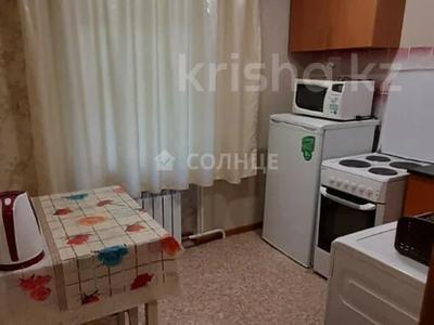 1-комнатная квартира, 36 м², 3/5 этаж посуточно, улица Мызы 47 за 7 000 〒 в Усть-Каменогорске — фото 3