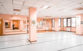 Здание, площадью 980 м², Таугуль 1 15 за 170 млн 〒 в Алматы, Бостандыкский р-н
