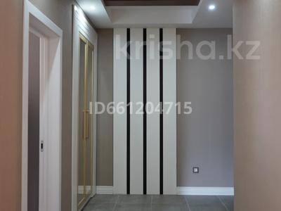 3-комнатная квартира, 129 м², 10/12 этаж помесячно, Ходжанова 92 — Аль-Фараби за 630 000 〒 в Алматы, Медеуский р-н — фото 16
