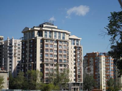 3-комнатная квартира, 129 м², 10/12 этаж помесячно, Ходжанова 92 — Аль-Фараби за 630 000 〒 в Алматы, Медеуский р-н — фото 21