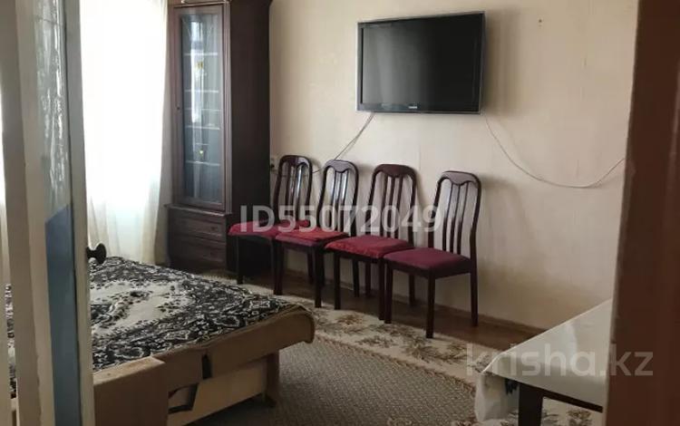 2-комнатная квартира, 52 м², 4/5 этаж посуточно, проспект Нурсултана Назарбаева — Ихсанова за 5 000 〒 в Уральске