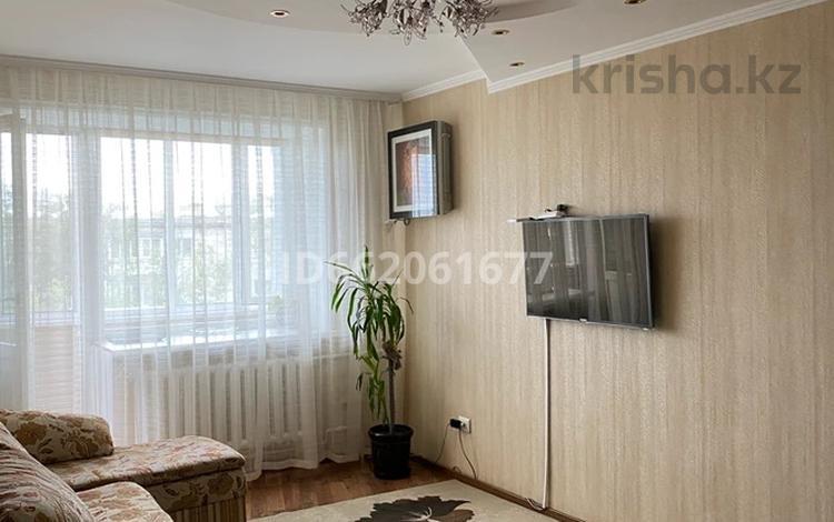 3-комнатная квартира, 60 м², 5/5 этаж, Каржаубайулы 320/1 за 15 млн 〒 в Семее