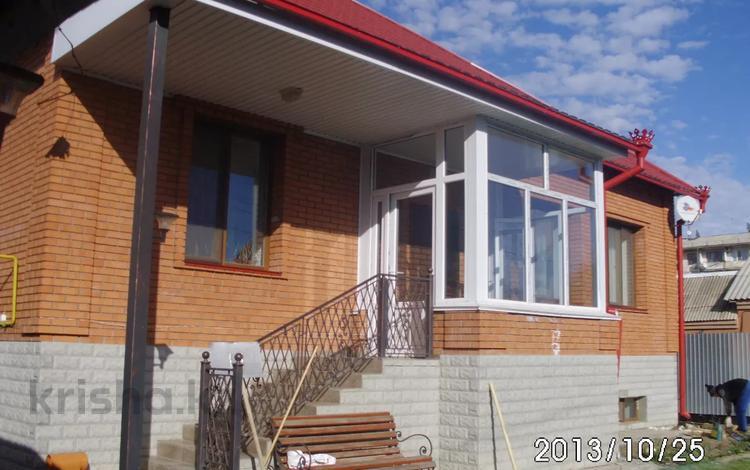 8-комнатный дом, 330 м², 6 сот., Алмазова 117 за 74 млн 〒 в Уральске