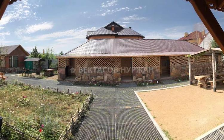 5-комнатный дом, 360 м², 7 сот., Андыкожа батыр 11 за 120 млн 〒 в Бурабае