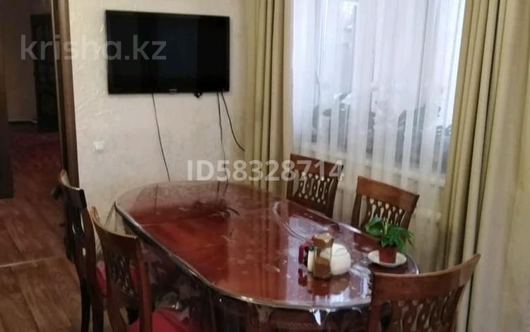 6-комнатный дом, 180 м², улица Байгисиева 15 — Байзак батыра за 21 млн 〒 в Таразе