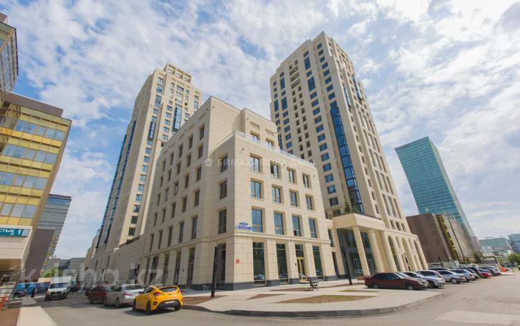 3-комнатная квартира, 105 м², 6/6 этаж, Достык за 61.5 млн 〒 в Нур-Султане (Астана), Есиль р-н