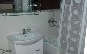 2-комнатная квартира, 52 м² посуточно, 11 мкр 33 за 7 000 〒 в Актау