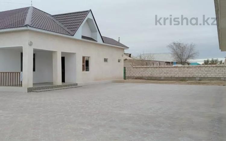 5-комнатный дом, 216 м², 1250 сот., Атамекен 49 за 12 млн 〒 в Кызылтобе