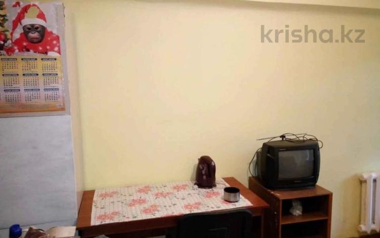 1-комнатная квартира, 18 м², 4/5 этаж, Досмухамедова 11 за 6.9 млн 〒 в Алматы, Алмалинский р-н
