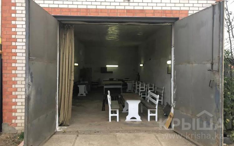Помещение площадью 100 м², Курмыш за 90 000 〒 в Актобе, Старый город