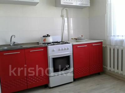 1-комнатная квартира, 38 м² посуточно, мкр 11 за 5 000 〒 в Актобе, мкр 11 — фото 3